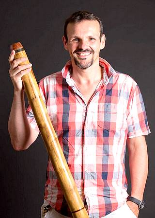 Cours de Didgeridoo Thierry Village-Club Faistesvacances